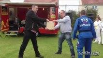 Worst Taekwondo Martial Arts Demo Ever - Dumb guy!