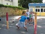 Bury : Les enfants rêvent d'Hawaï au centre de loisirs