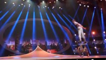 Illusionists and circus acts on CCTV China