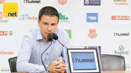 Rueda de Prensa de Lobera tras el Atletico - Vídeos de Partidos amistosos UD Las Palmas de la UD Las Palmas
