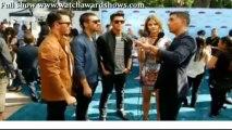 Teen Choice Awards 2013 Replay Jonas Brothers red carpet interview Teen Choice Awards 2013