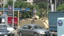 هدوء حذر في القاهرة بعد اشتباكات عنيفة