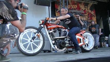 Remise de prix de la plus belle Harley du Show Bike De Montalivet 2013