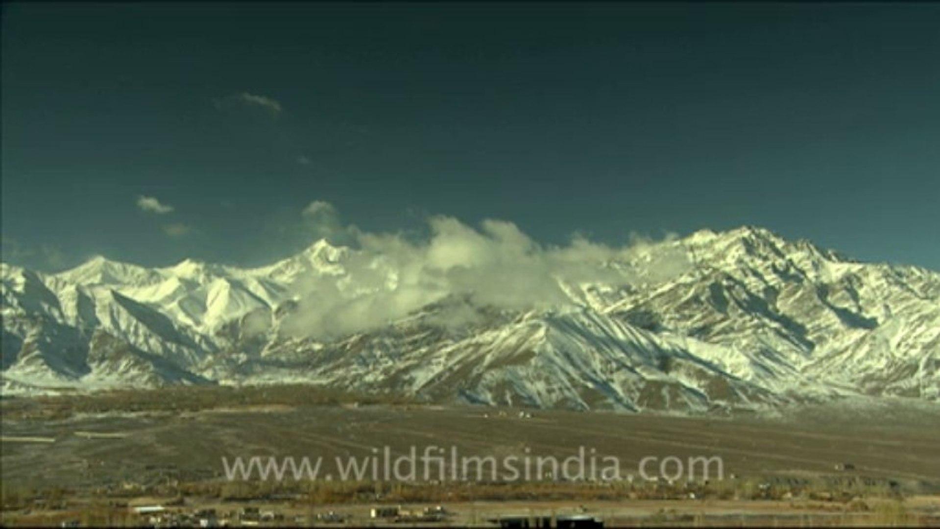 889.Mountains in Ladakh