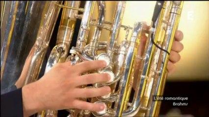 L'instrument rare de la boîte à musique:Le tuba
