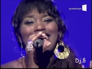 Fanny J - Ancrée à ton port (live bis)