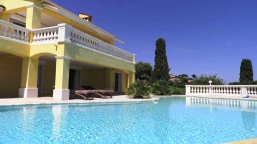 A vendre VILLA - Les Issambres (83) - Vue Mer - Piscine - 6 pièces sur un terrain de 1700m²
