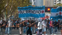 Argentineans rally against US threats against Syria