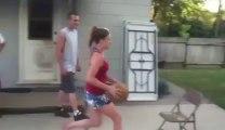 Big FAIL in Basket-ball : worst Dunk ever!