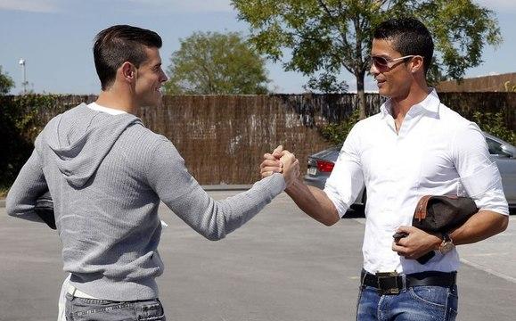 Real Madrid : les coulisses du premier entraînement de Gareth Bale