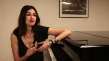 Interview, Helena Noguerra chante les hommes