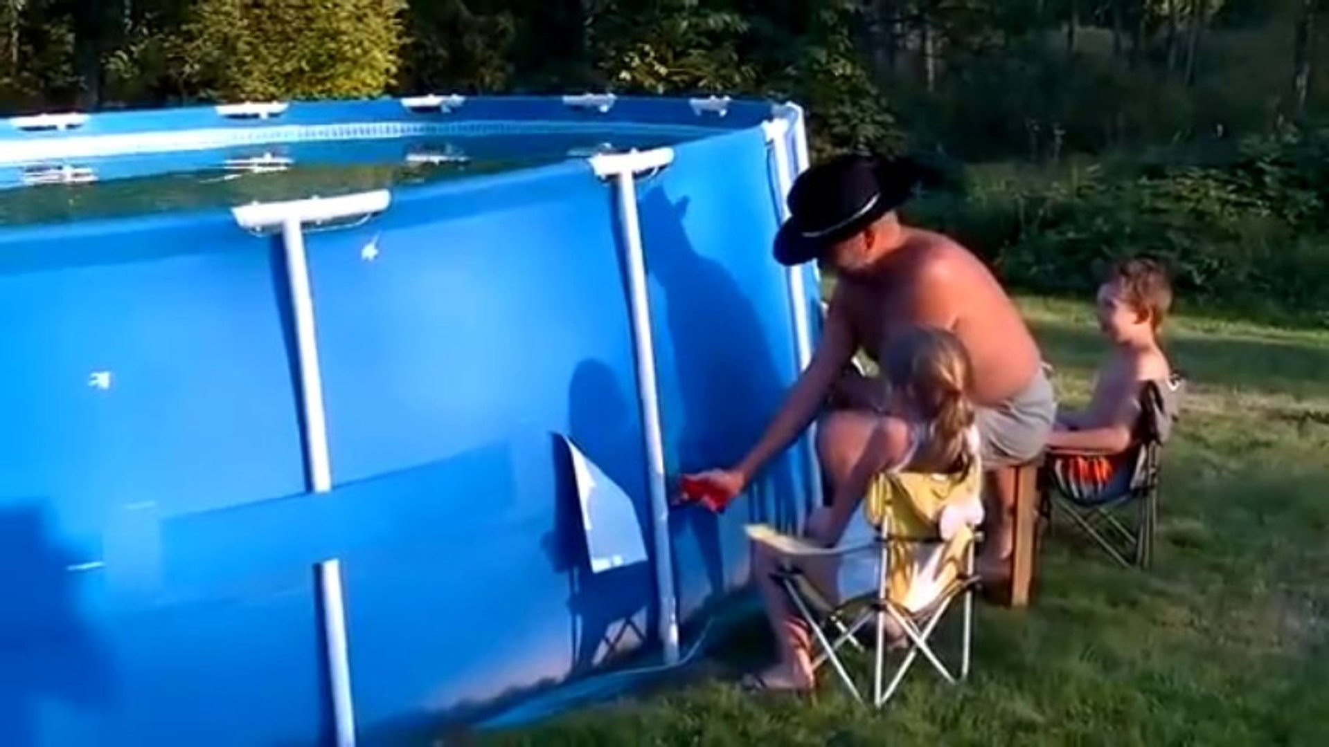 Comment vider une piscine en 10 seconde ?