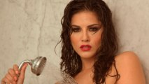 Sunny Leone's Hot BATHING MMS Lust  in RAGINI MMS 2