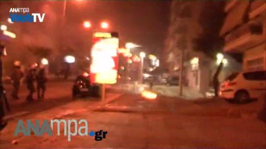Επεισόδια στο αντιφασιστικό συλλαλητήριο στο Κερατσίνι