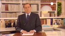 Italie : Berlusconi n'abandonnera pas la politique s'il...