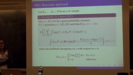 Analyse des données de grande dimension sur la sphère