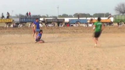 Stoper Catch 06 - FreeStyle Girls Kabaddi Tournament 2013 Match 11