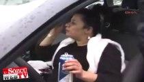 Polis çevirdi, içmeye devam etti!