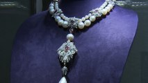 Elizabeth Taylor jewelry sets auction record