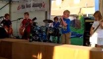 Metallica repris par des enfants de 8 ans - Enter sandman!!! Yeahhh