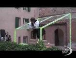 """Giulietta e Romeo, come cambia il balcone: performance a Verona. Ruoli ribaltati nel lavoro di Daniel Gonzalez: """"Romeo's Balcony"""""""