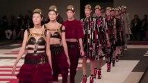 Le défilé Alexander McQueen printemps-été 2014
