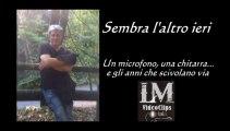 UN MICROFONO E UNA CHITARRA...   (LM VideoClips)