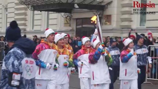 La flamme olympique est arrivée à Moscou