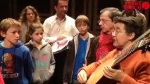 Les élèves découvrent le théorbe et Monteverdi - Élèves EMT baroque