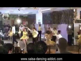 Salsa Performance by Canaries