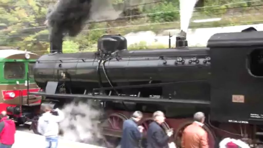 train a vapeur dans la vallee de la roya