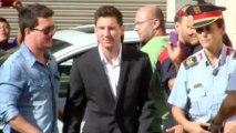Maradona hails 'unlucky' Messi