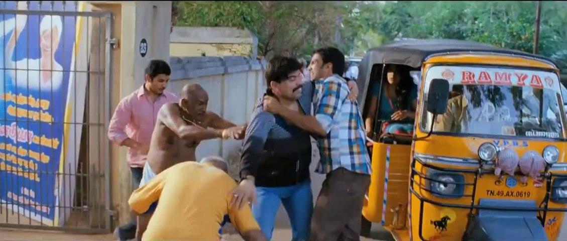 Kanna Laddu Thinna Asaiya - Power Star fights  with Santhanam HD