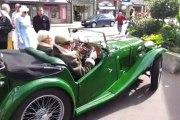 Morlaix. Voitures anciennes : un rallye Mamm-Goz sous le soleil