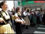 Concarneau. Grand défilé du festival des Filets Bleus