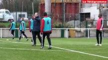 Ploufragan (22). Les pros d'EA Guingamp apprennent les rouages d'éducateur de foot