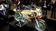 Le salon Moto légende et coupes motos légendes une affaire qui roule avec les éditions LVA
