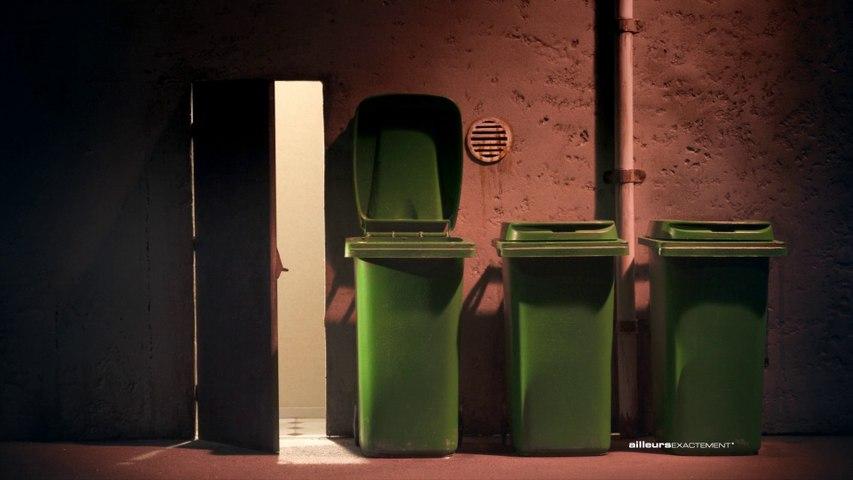 Au restaurant (les poubelles boulimiques anonymes)