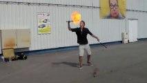jongleur et cracheur de feu