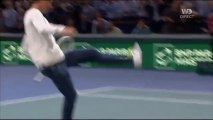 Novak Djokovic invite Zlatan Ibrahimovic sur le court pour taper des balles 2