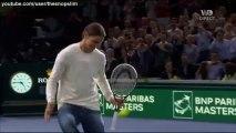 Zlatan Ibrahimovic joue avec Novak Djokovic