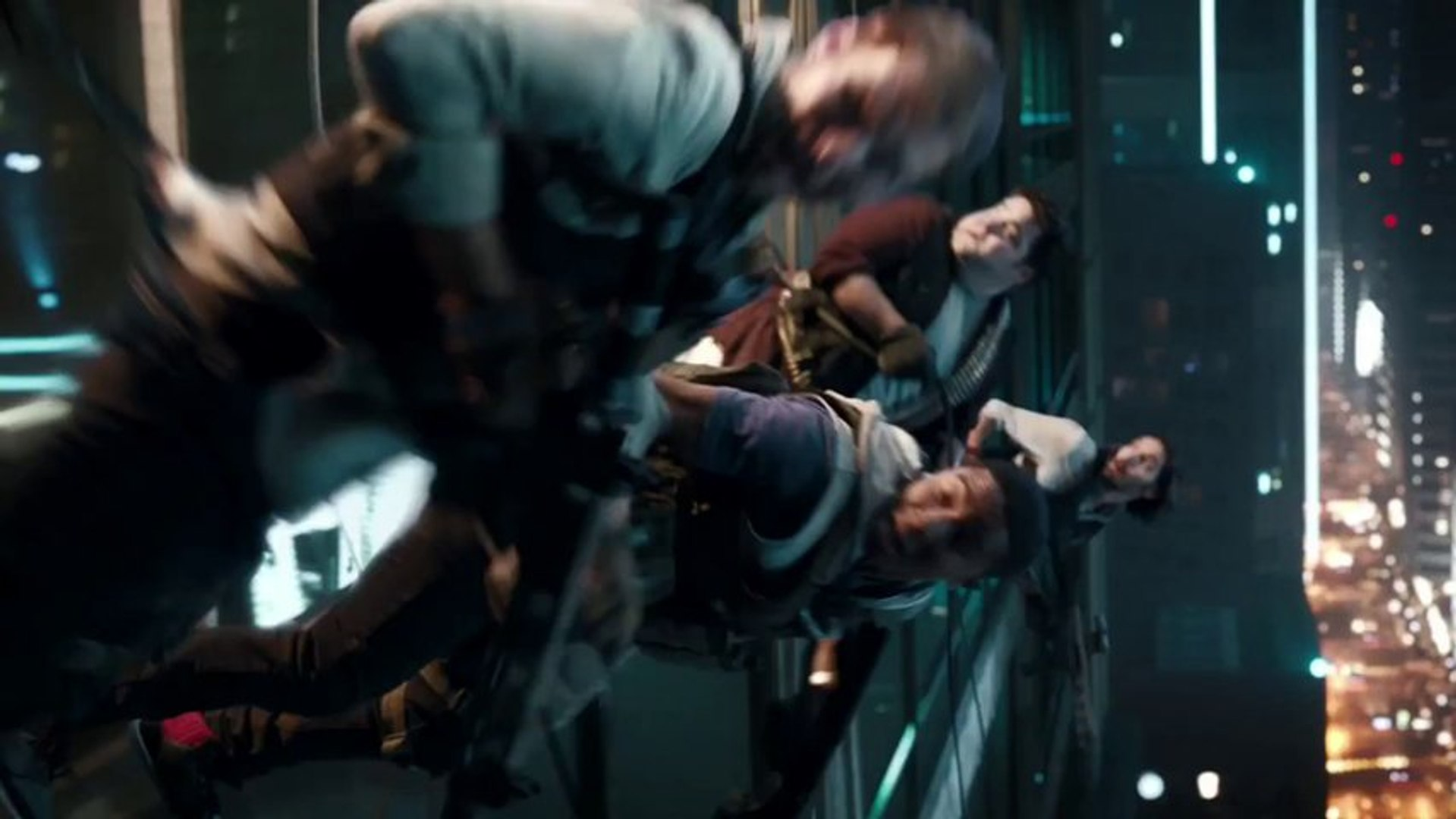 Call of Duty : Ghosts - Live Action Trailer avec Megan Fox