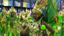 Escolas de samba do grupo especial empolgam o primeiro dia de desfiles no Rio de Janeiro.