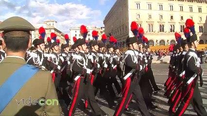 Festa delle forze armate, Napolitano all'Altare della Patria depone corona al Milite Ignoto