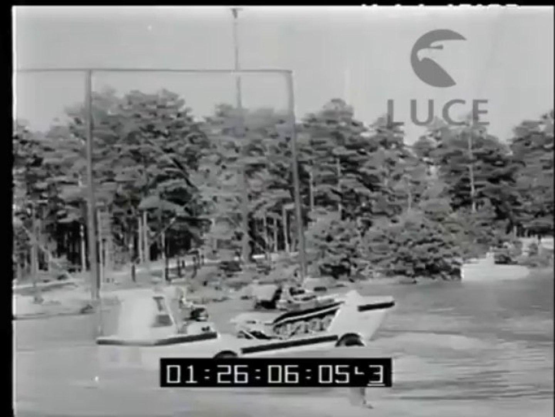 Stati Uniti: Kennedy assiste ad una esercitazione militare in North Carolina  Prima mondiale a Broad