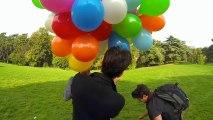 """Upstragram"" : survoler Paris avec des ballons à l'hélium"
