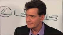 Charlie Sheen Trying to Make Amends with Chuck Lorre