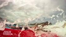 Party Wave! | Red Kayak Vs. Blue Kayak