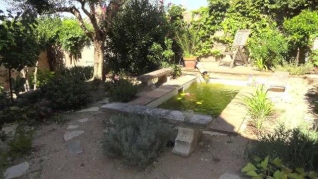 VENTE maison de ville - 83300 DRAGUIGNAN centre - 80 m² - 3 pièces avec joli jardin 212 m²