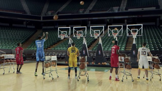 NBA Players Perform 'Jingle Bells' By Shooting Musical Hoops